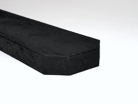 Recyklát černá tříhranná 78x21x1500 mm, Výška 1500 mm