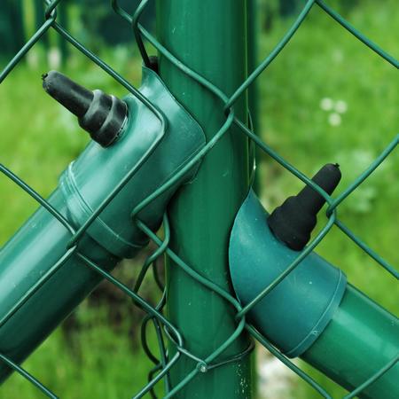 Sada - vzpěra DAMIPLAST®Zn+PVC s vrutem, pro výšku pletiva 1500 mm - 2